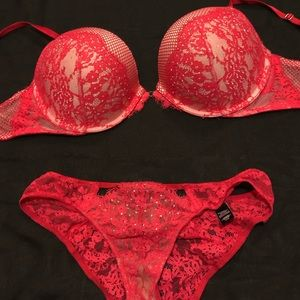 NWOT VS Very Sexy Push-up Bra and Panty 36D/M
